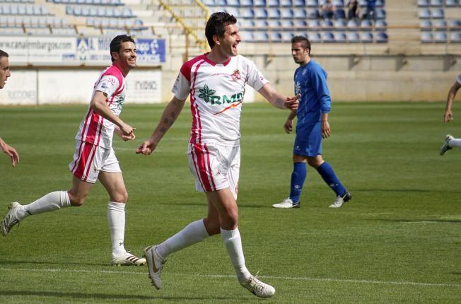 Alberto Negral es el único jugador en activo de aquella eliminatoria copera del bando culturalista